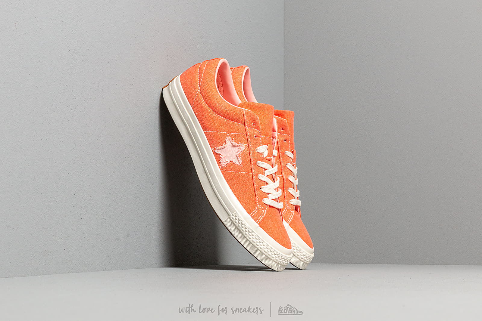 Converse One Star OX True Orange/ Bleached Coral at a great price 81 € buy at Footshop