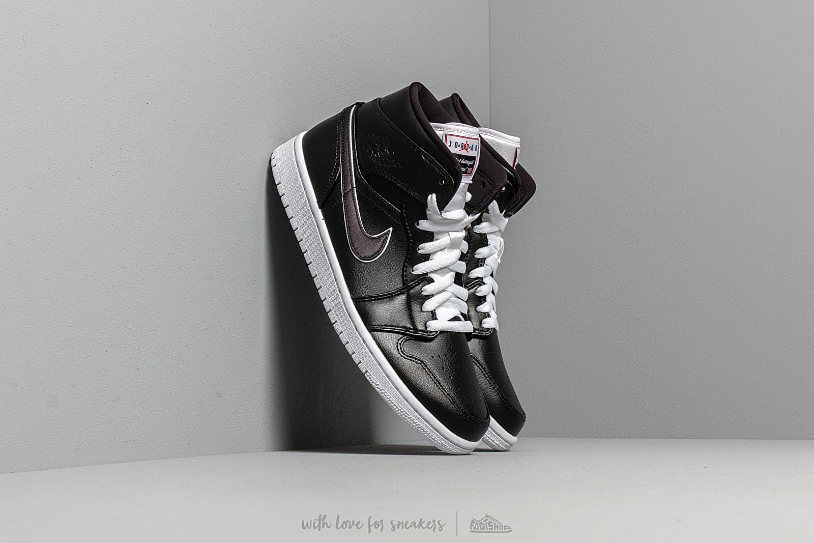 Air Jordan 1 Mid Se Black/ Black-White at a great price 110 € buy at Footshop