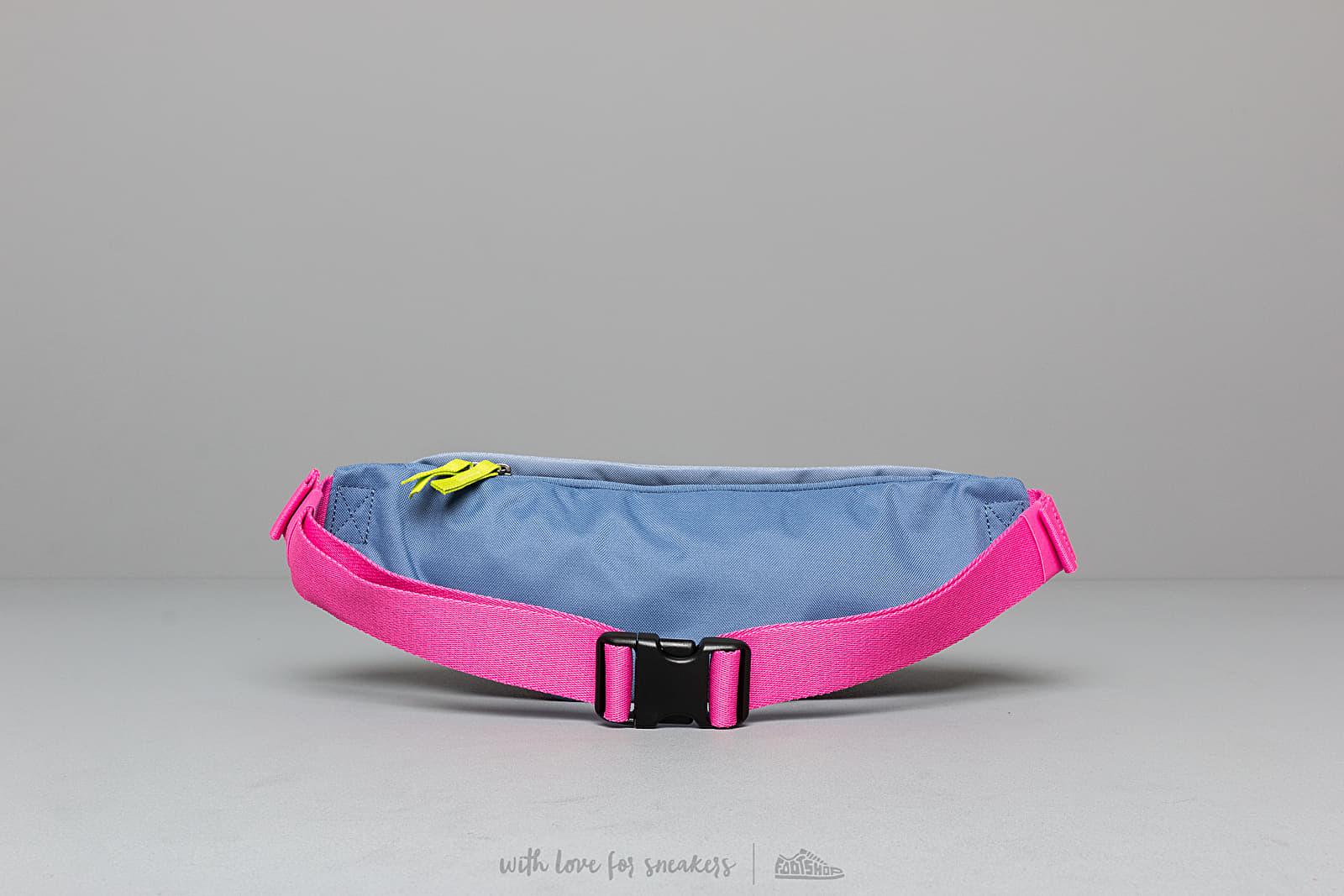 2b6c57f375fb Nike SB Heritage Hip Pack Blue  Pink au meilleur prix 18 € Achetez sur  Footshop