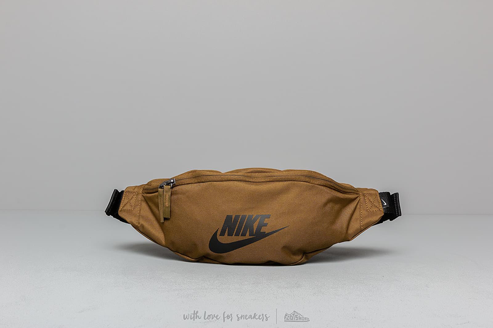 Riñoneras Nike SB Heritage Hip Pack Olive