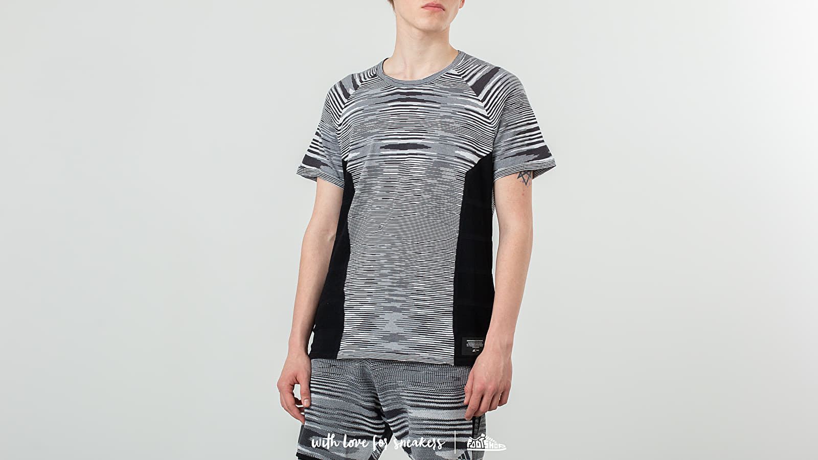 Magliette adidas x Missoni Cru Tee Black/ White/ Dark Grey