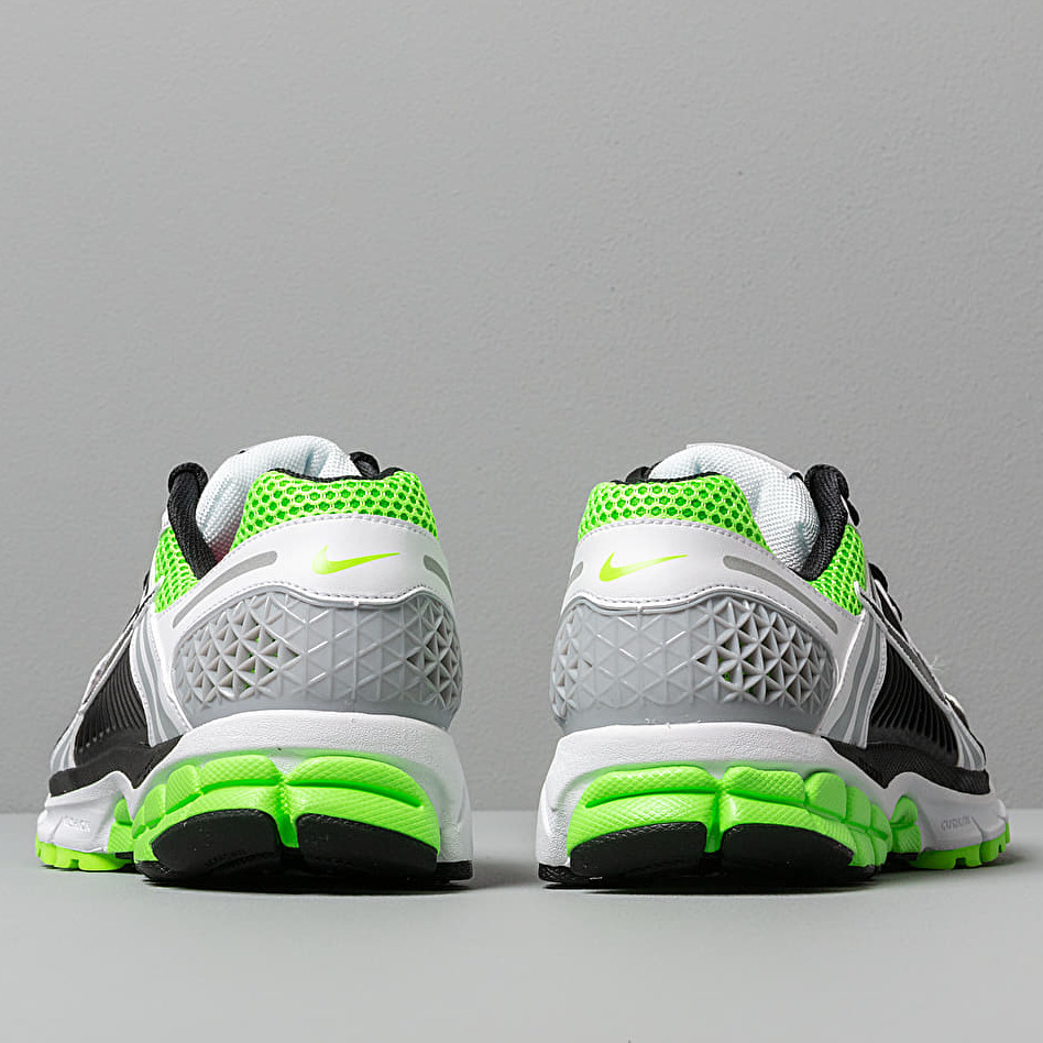 Nike Zoom Vomero 5 SE SP Electric Green/ Black-White-Sail