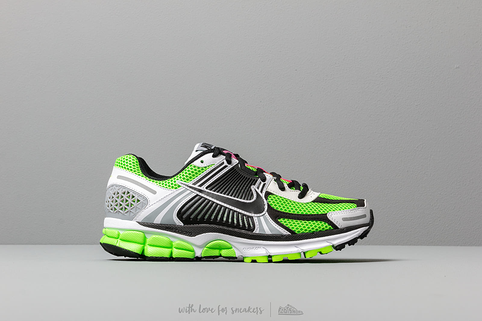 size 40 63bc1 28fa2 Nike Zoom Vomero 5 SE SP Electric Green  Black-White-Sail at a