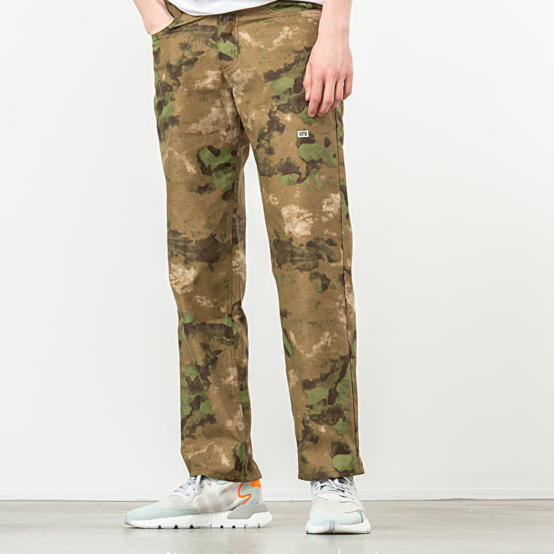 Used Future Universal Camo Pants Khaki, Green
