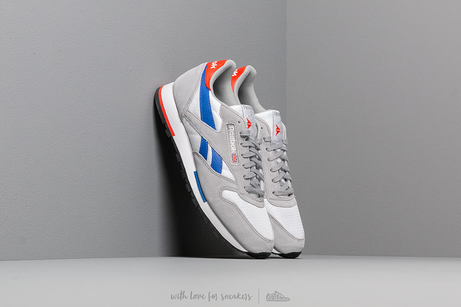fced6ed76 Reebok Classic Leather MU White  Grey  Cobalt  Orange  Black a muy buen