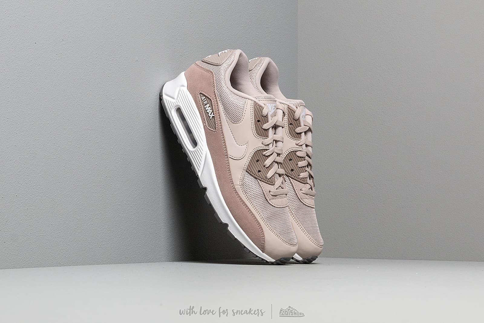 Nike Air Max 90 Essential Sneakers Moon ParticleWhiteSepia StoneGunsmoke