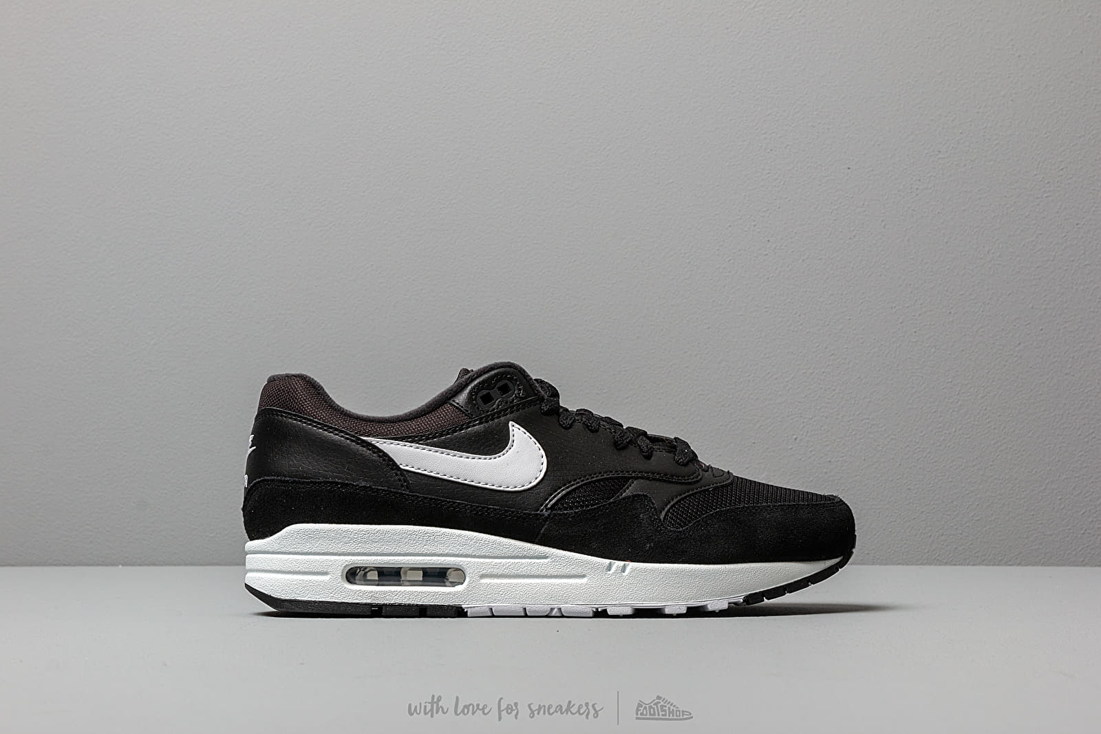 pretty nice 937f4 3369b Nike Air Max 1 Black  White at a great price 128 € buy at Footshop