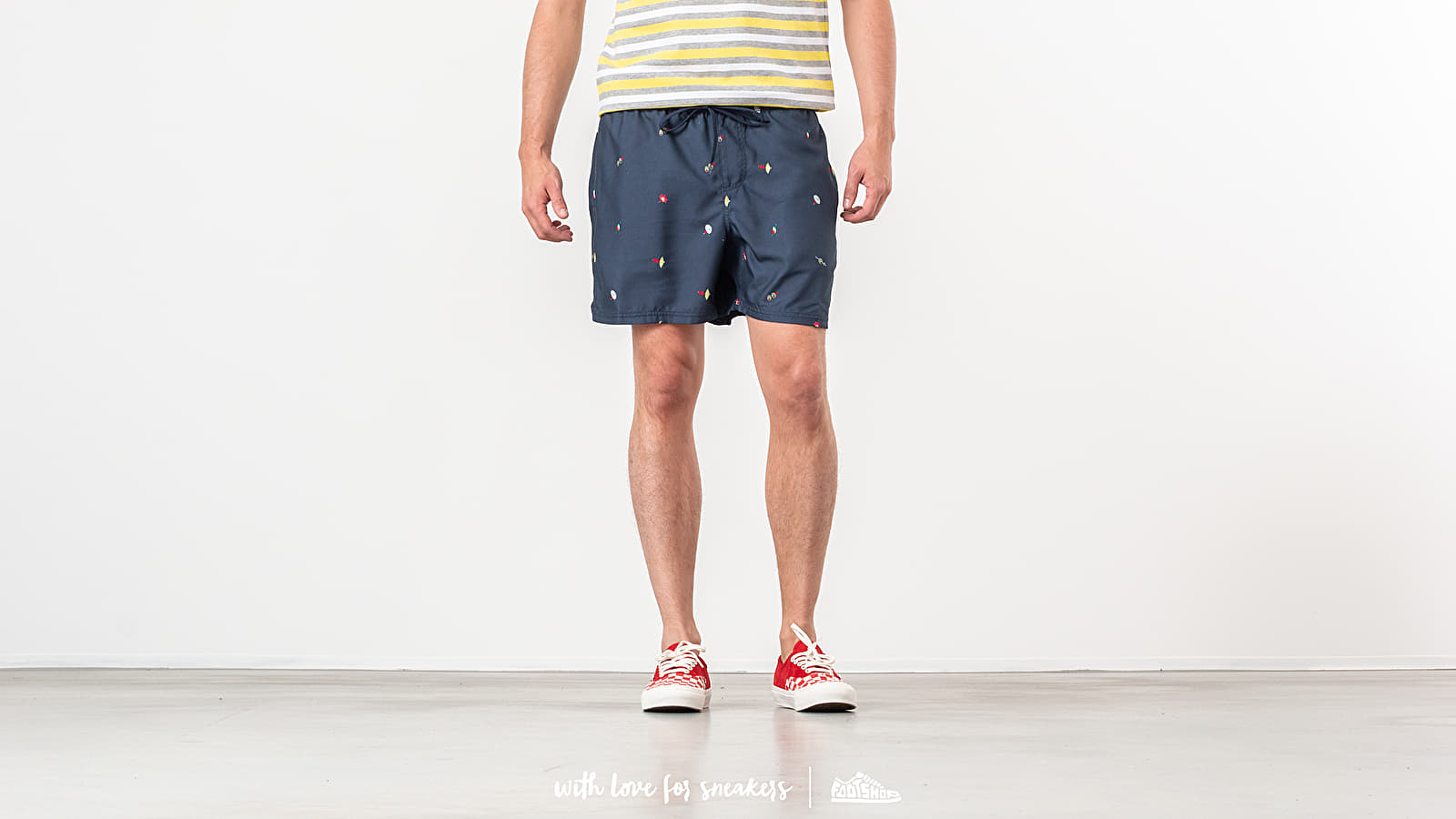 Vans Mixed Volley Boardshort Barmers Market at a great price 43 € buy at Footshop