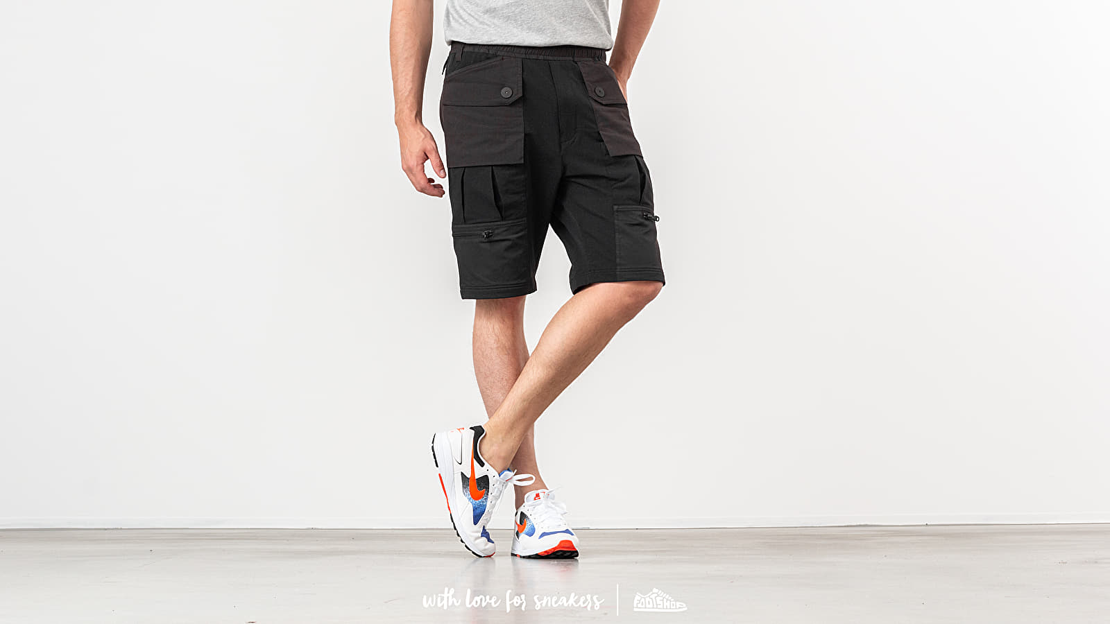 Pantalones cortos White Mountaineering Contrasted Easy Short Pants Black