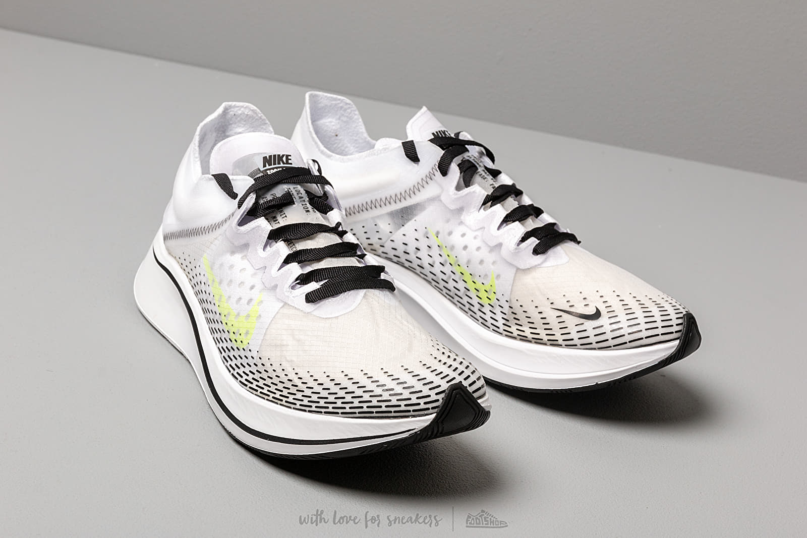 Men's shoes Nike Zoom Fly Sp Fast White