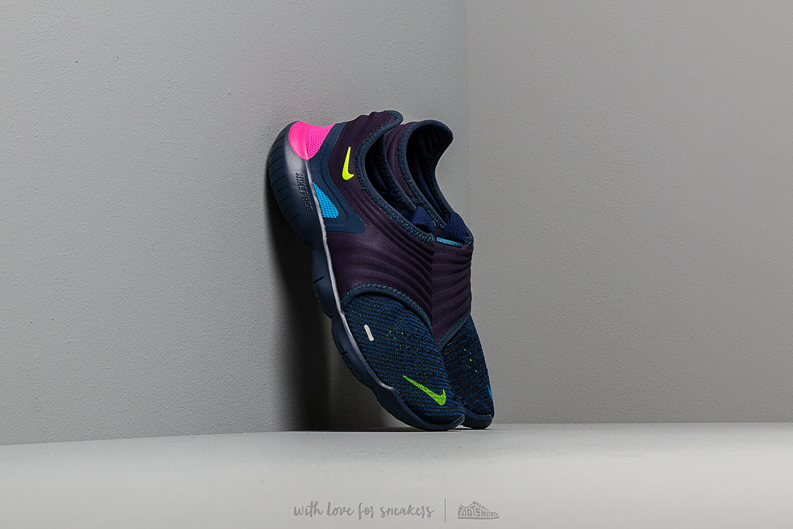 d2c53277fa2d Nike Free Run Flyknit 3.0 Midnight Navy  Volt-Blue Hero at a great price