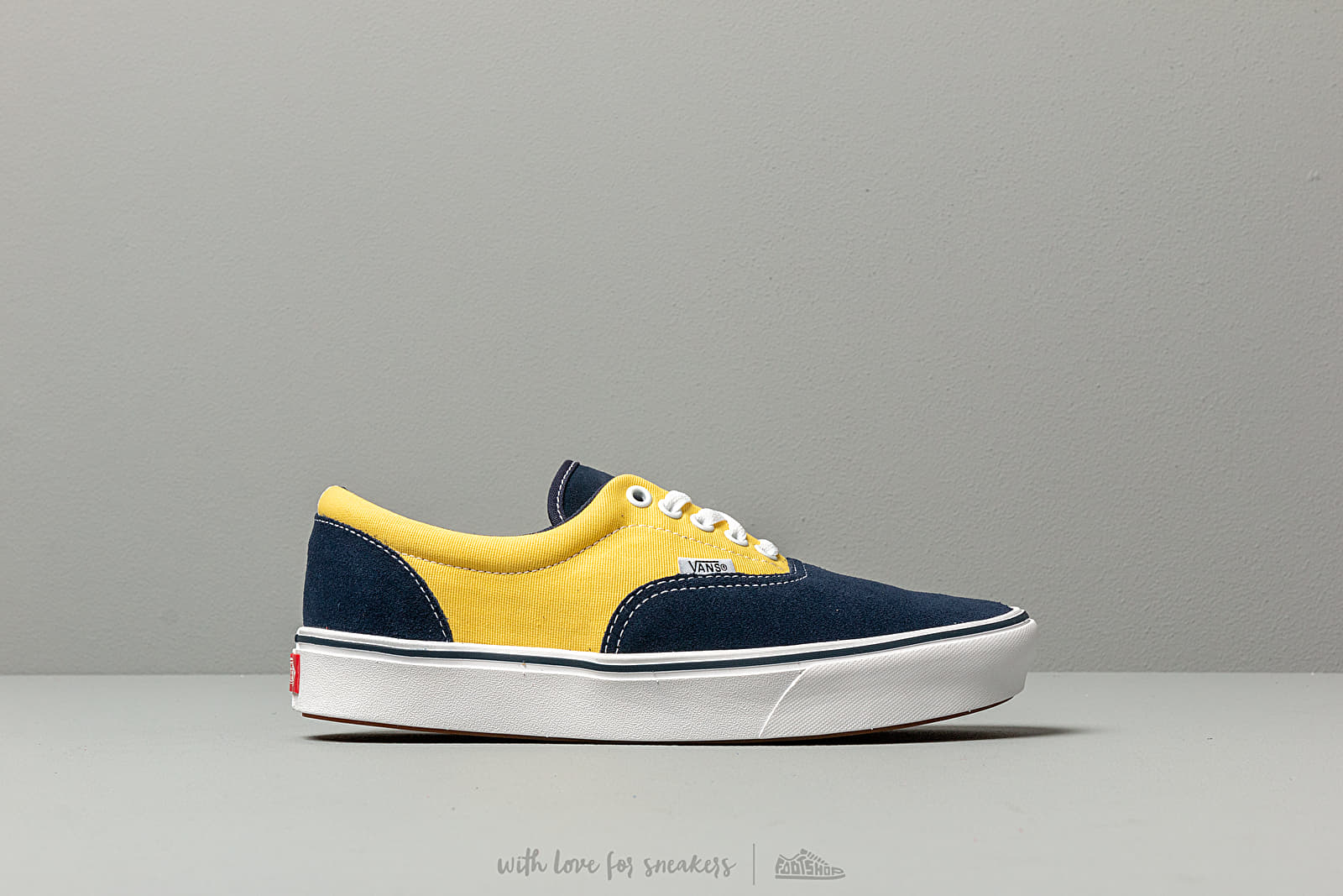 bca14a910ee5a2 Vans ComfyCush Era (Suede  Canvas) Dress Blue at a great price  77 buy