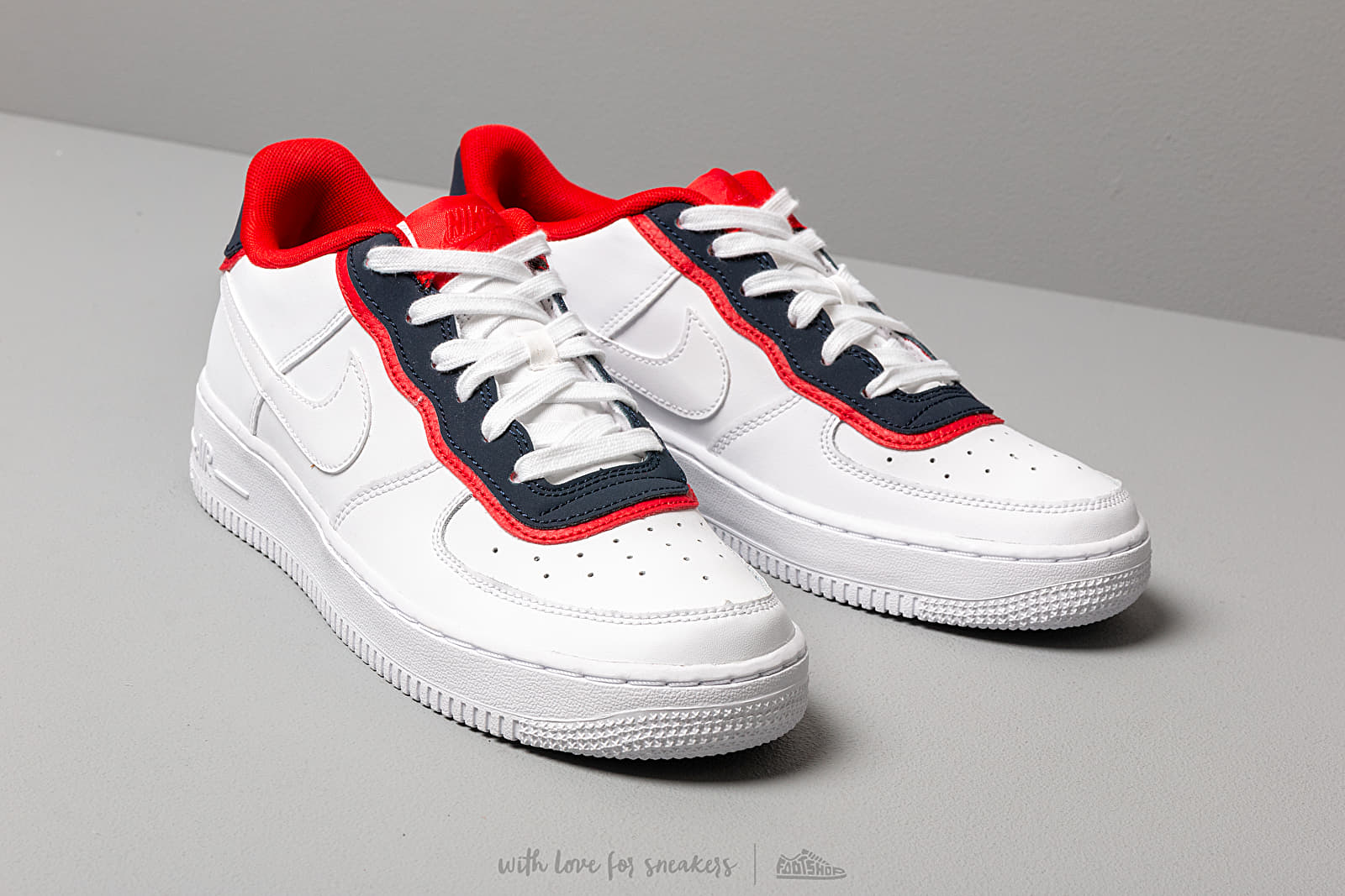 Chaussures NIKE Air Force 1 Lv8 1 Dbl Gs BV1084 101 White