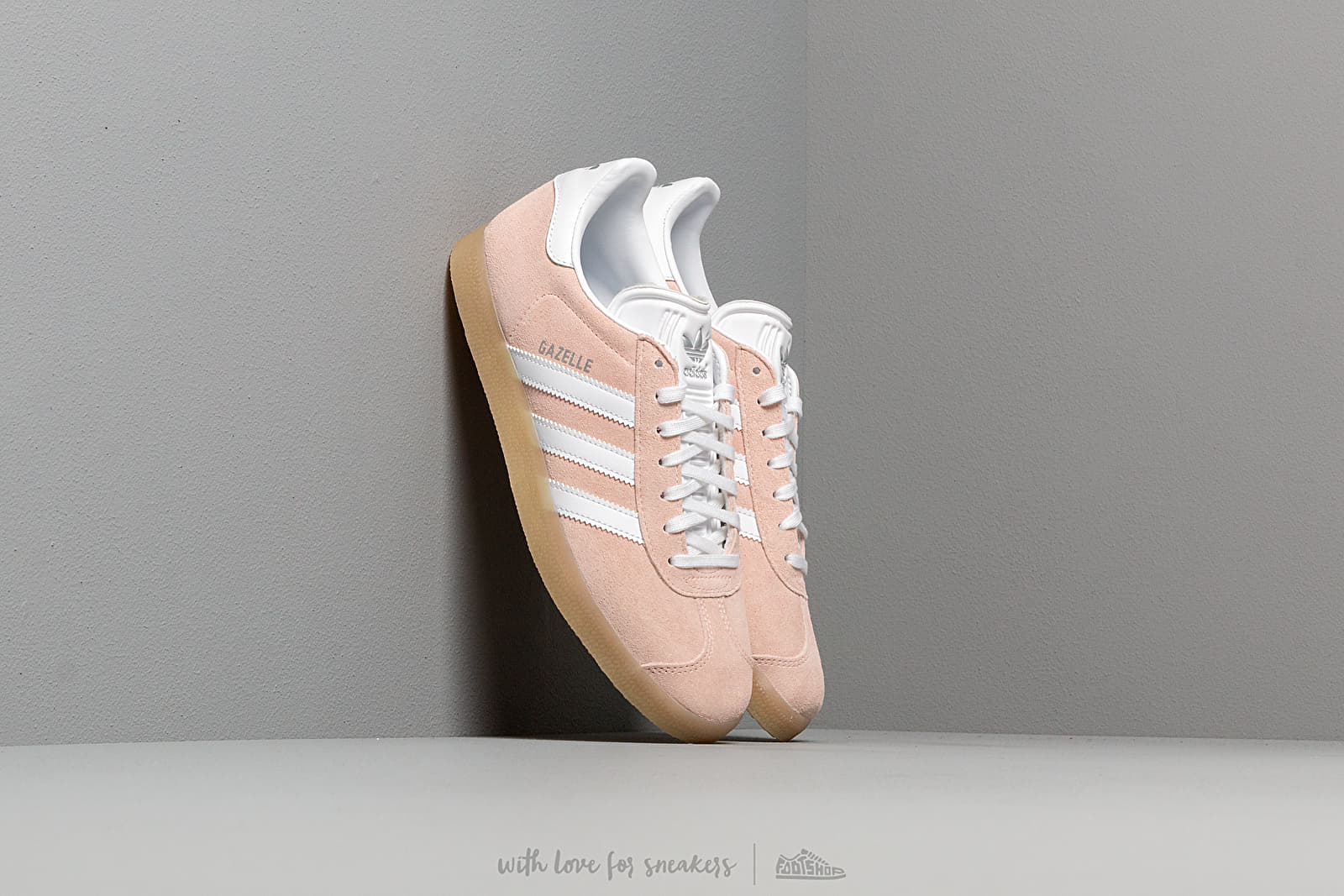 Women's shoes adidas Gazelle W Clear Orange/ Ftw White/ Ecru Tint