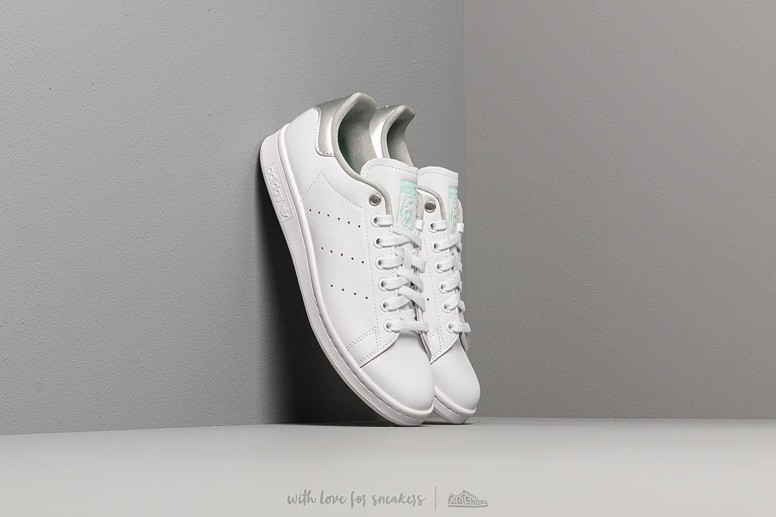adidas Stan Smith W Ftw White/ Silver Metalic/ Clear Mint at a great price $108 buy at Footshop