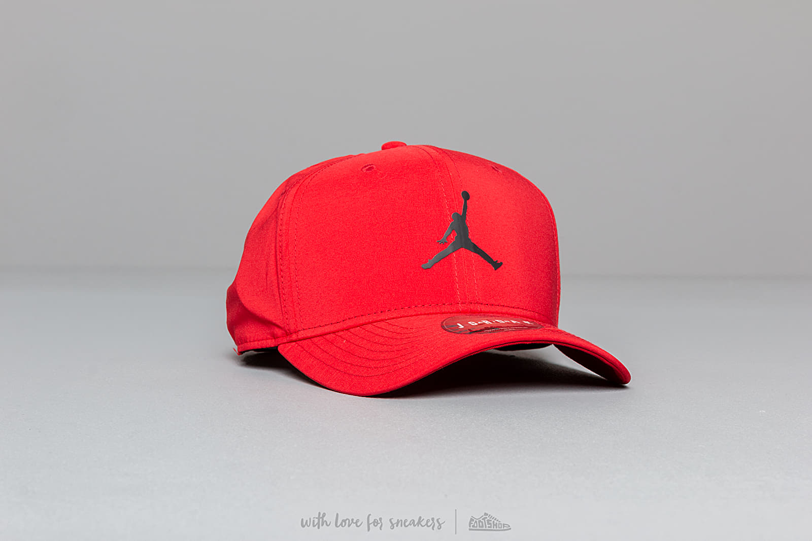 8cf00c909d9dc Jordan Classic 99 Cap Red at a great price  30 buy at Footshop