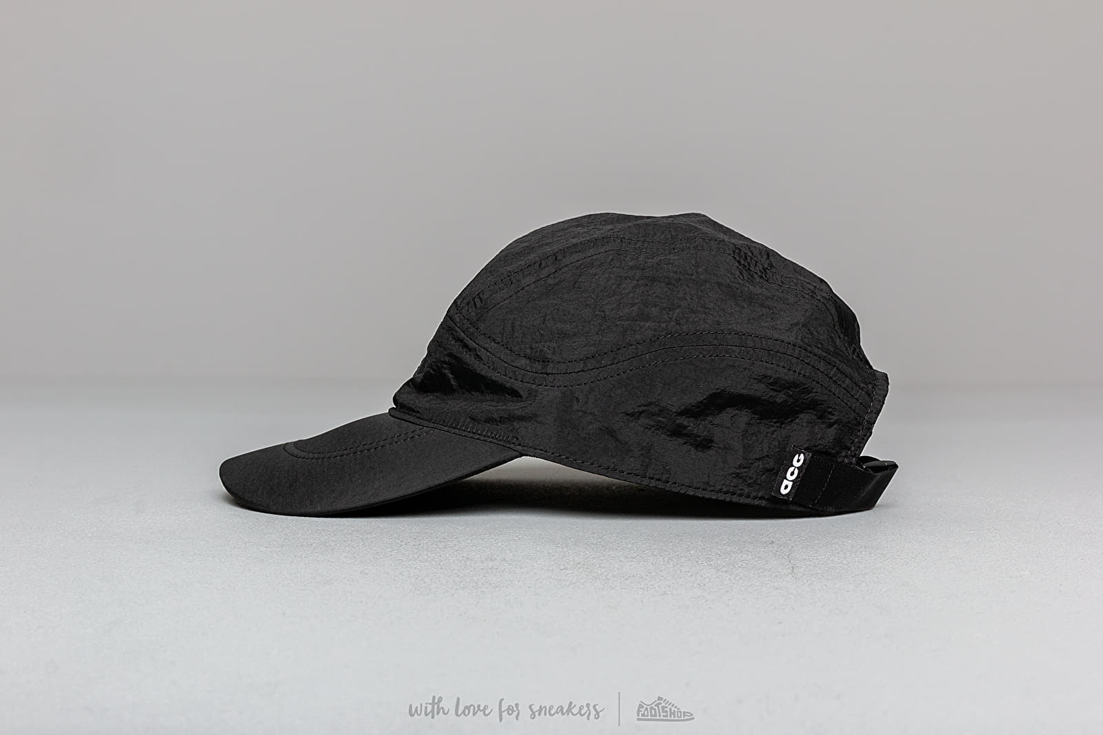 91b91fc7c05f Nike NRG ACG Tailwind Cap Black  Anthracite at a great price  39 buy at  Footshop