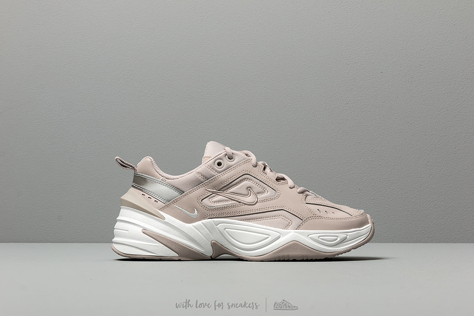 the best attitude 4d9b4 e7527 Nike W M2K Tekno Moon Particle  Moon Particle-Summit White at a great price