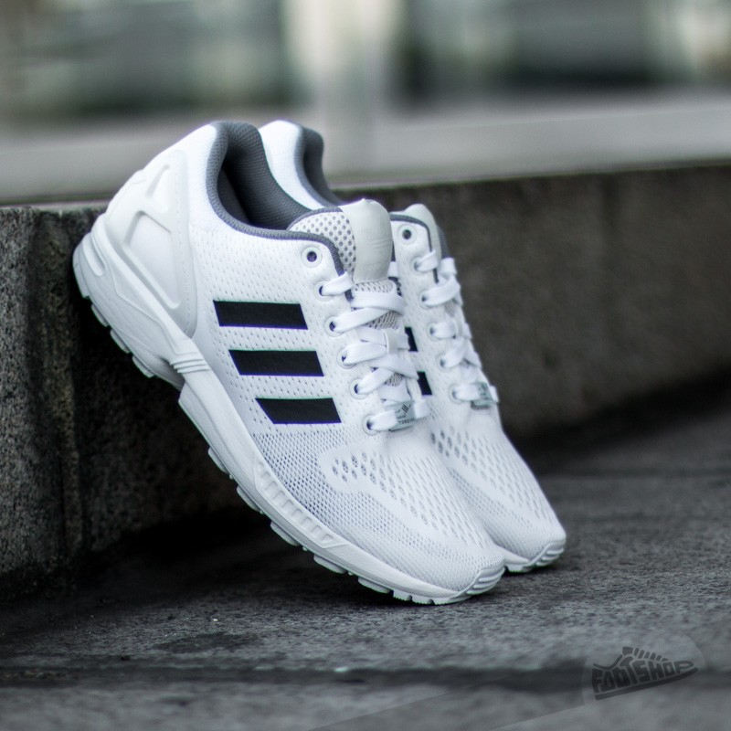 new photos 188d4 a5eae adidas ZX Flux Ftwr WhiteCore BlackGranit