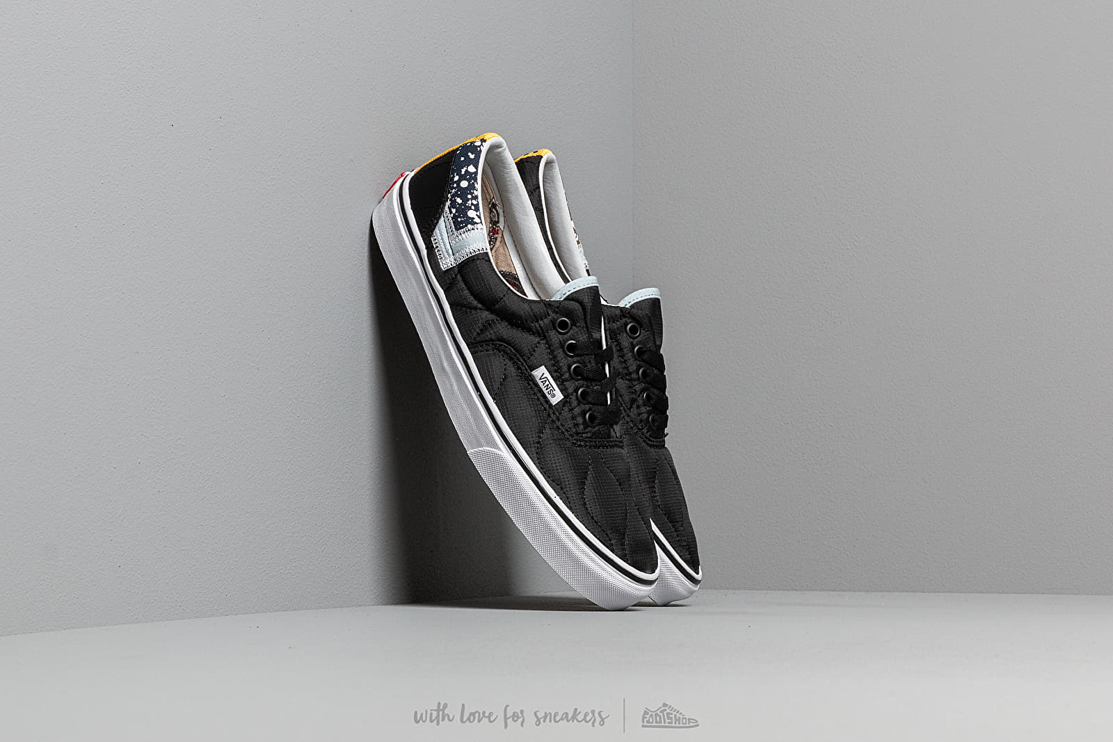 Vans Era (Mixed Quilting) Black/ True White at a great price 73 € buy at Footshop