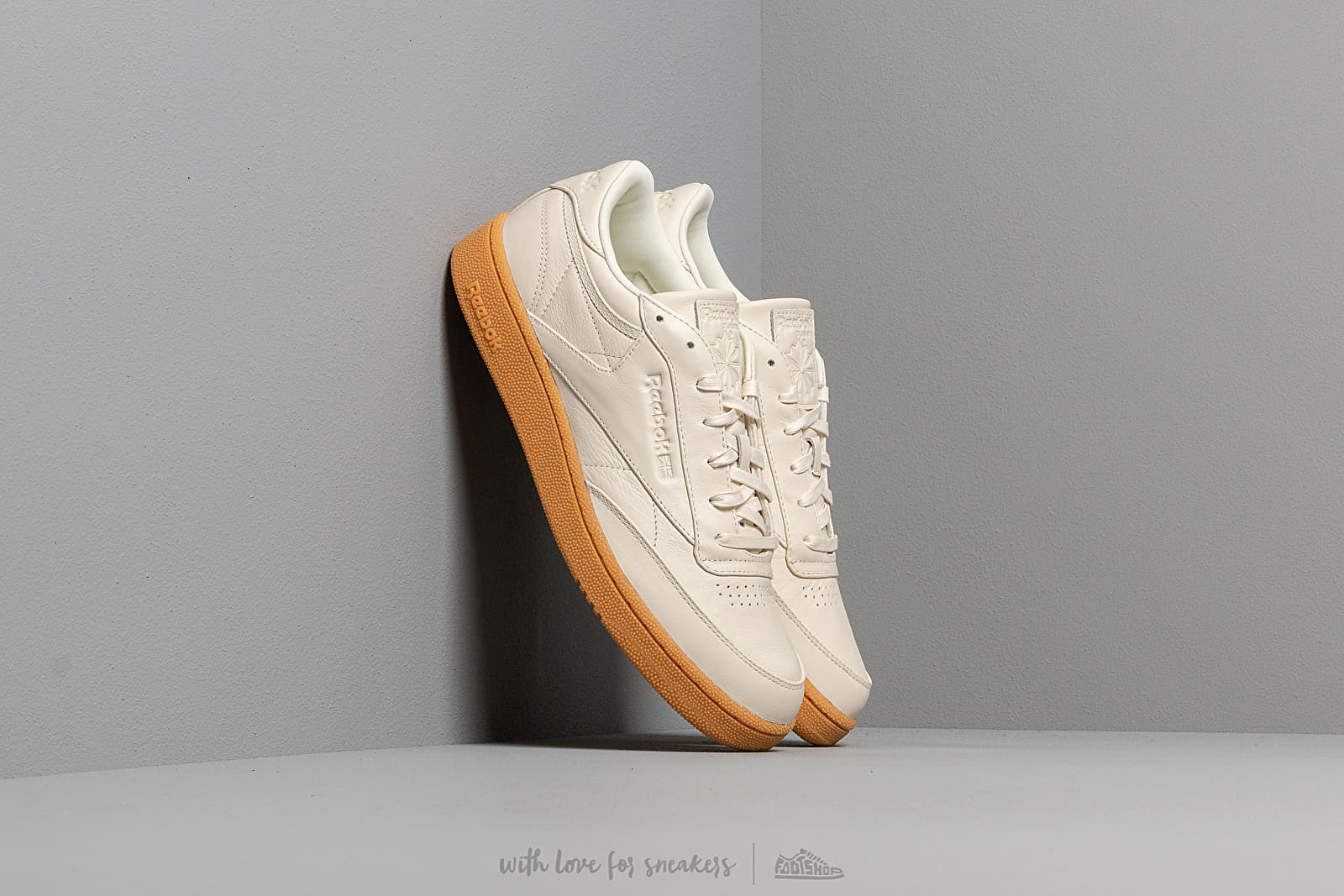Reebok Club C 85 MU Classic White/ Gum at a great price 92 € buy at Footshop