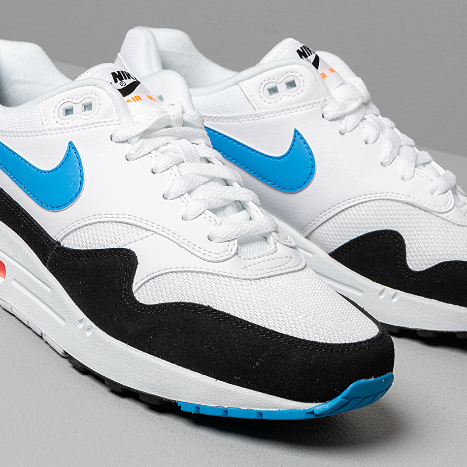 air max 1 white/total orange/black/photo blue