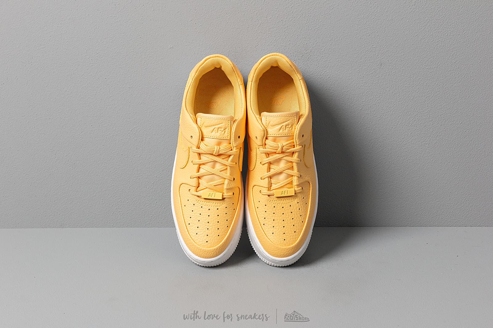 Nike Air Force 1 Sage Low Women topaz goldwhitetopaz gold