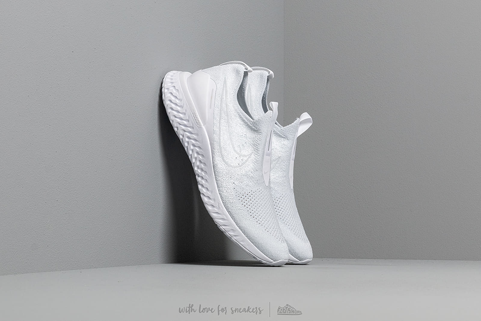 Men's shoes Nike Epic Phantom React Flyknit White/ White-Pure Platinum