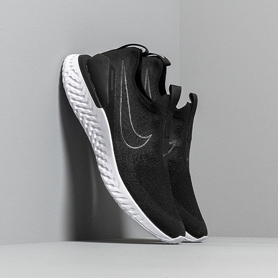 Nike Epic Phantom React Flyknit Black/ Black-White EUR 45