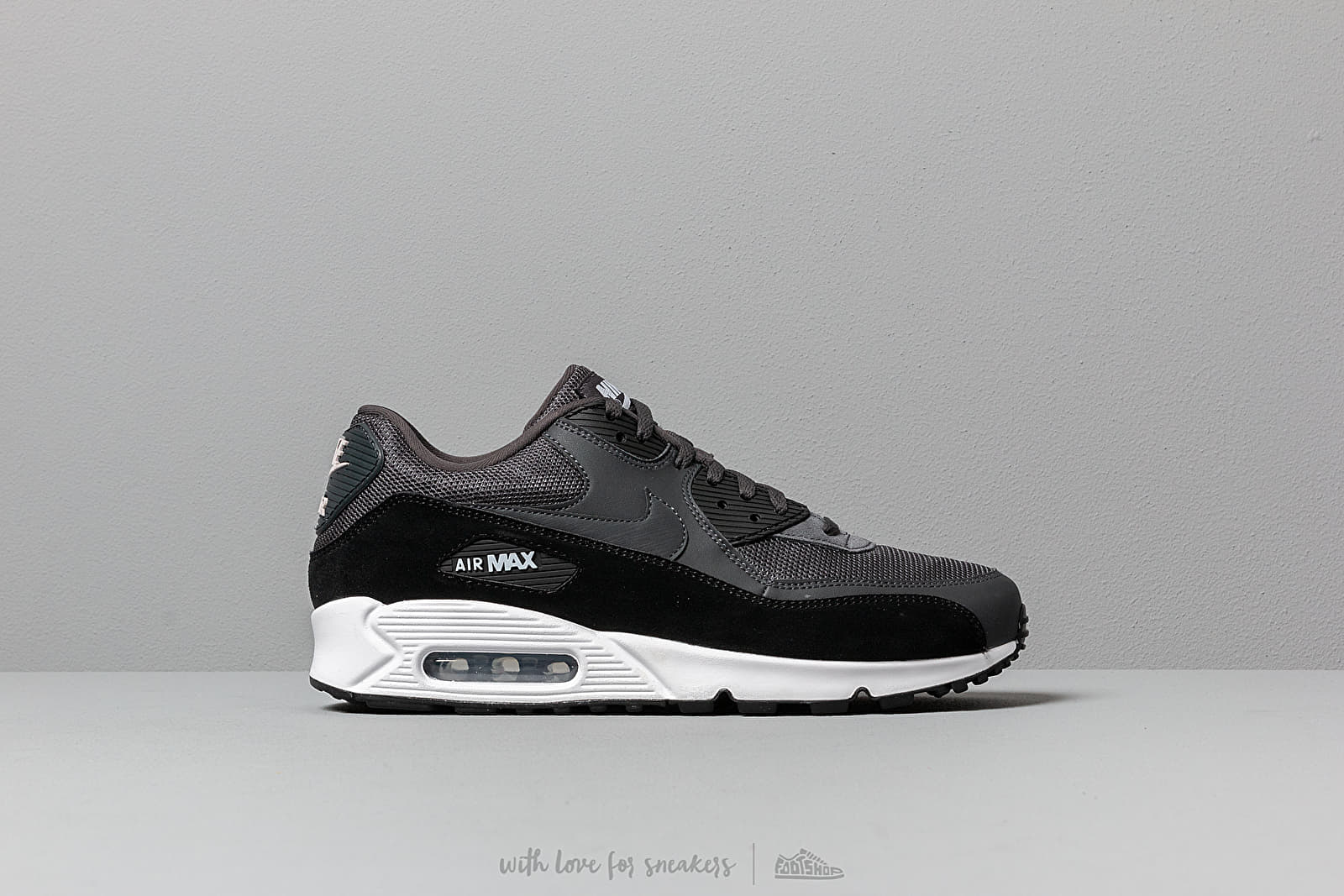 new arrival 71b49 10449 Nike Air Max 90 Essential Anthracite  White-Black at a great price £114