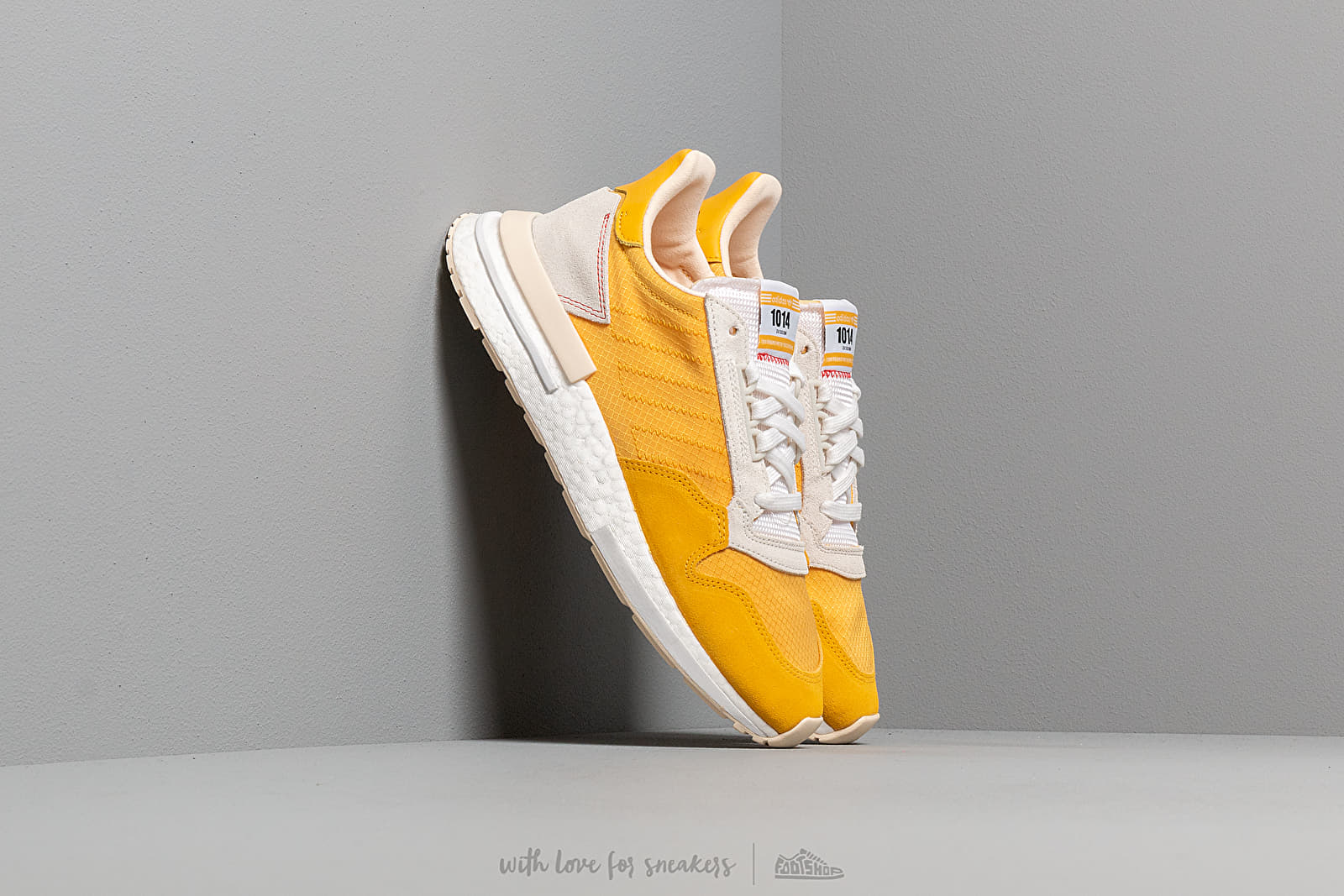 adidas ZX 500 RM Bold Gold/ Bold Gold/ Ecru Tint at a great price 136 € buy at Footshop