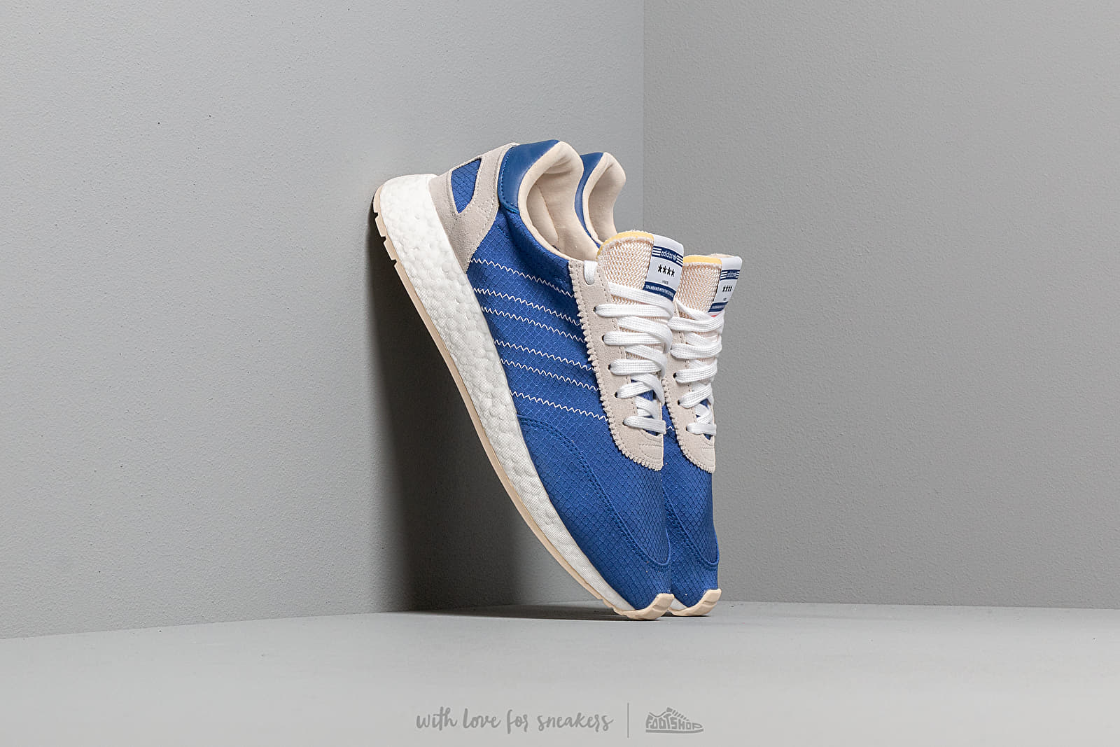 adidas I-5923 Clear Royal/ Clear Royal/ Ecru Tint at a great price 125 € buy at Footshop