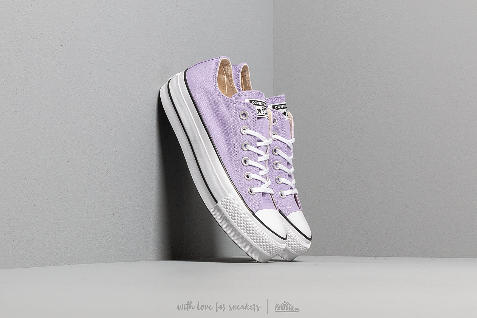 64d25694fbd Converse Chuck Taylor All Star Lift Washed Lilac/ Black/ White at a great  price