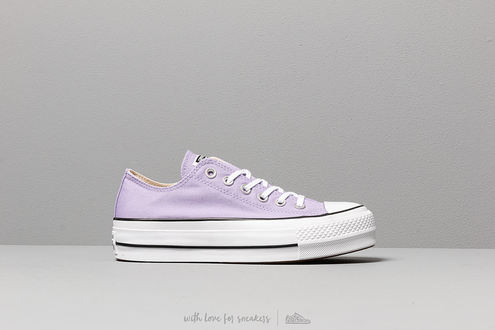 e08b0285c369 Converse Chuck Taylor All Star Lift Washed Lilac  Black  White at a great  price