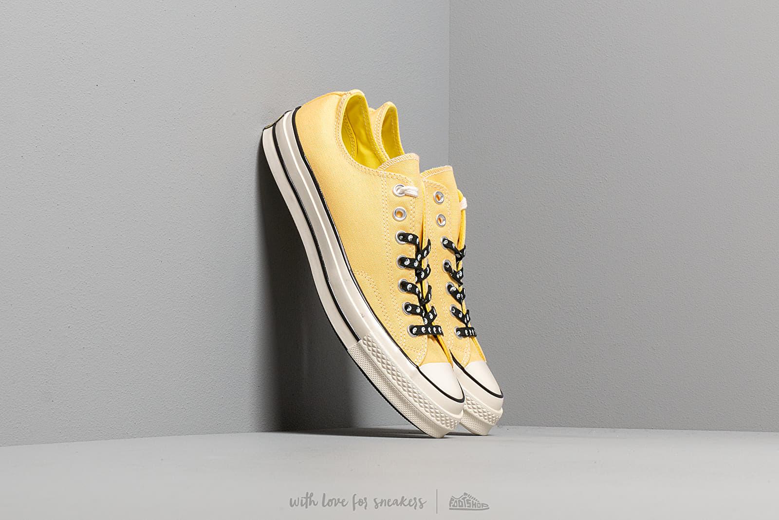 32d9bb5322ae7 Converse Chuck 70 Butter Yellow  Fresh Yellow au meilleur prix 88 € Achetez  sur Footshop