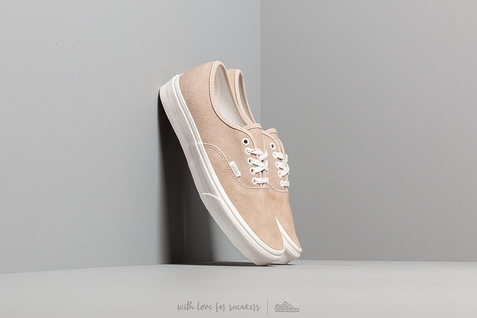 Vans Authentic (Washed Nubuck/ Canvas) Brown at a great price 62 € buy at Footshop