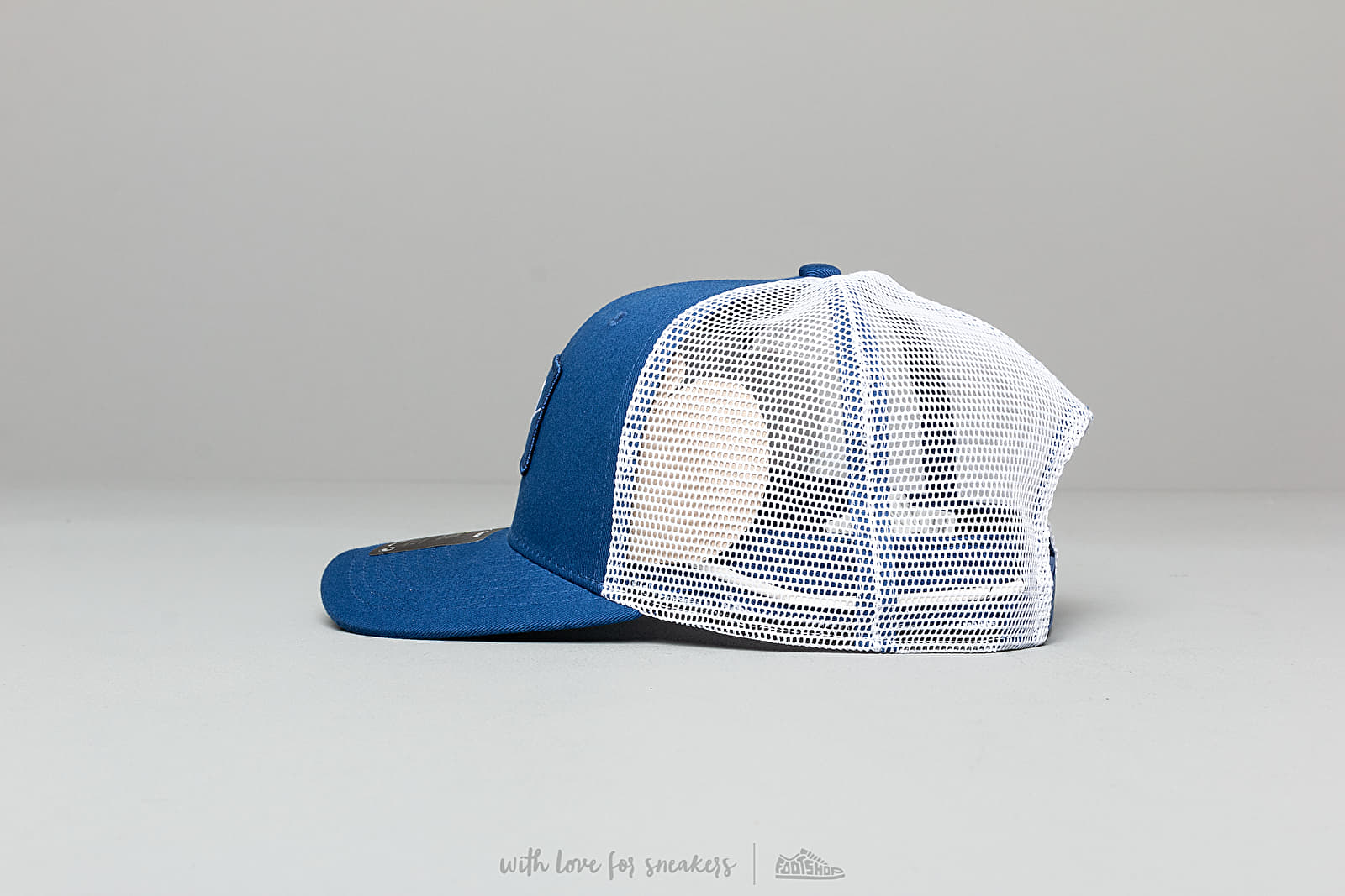 ec0f2472bd32e Nike Sportswear Classic 99 Trucker Cap Blue  White at a great price  30 buy  at