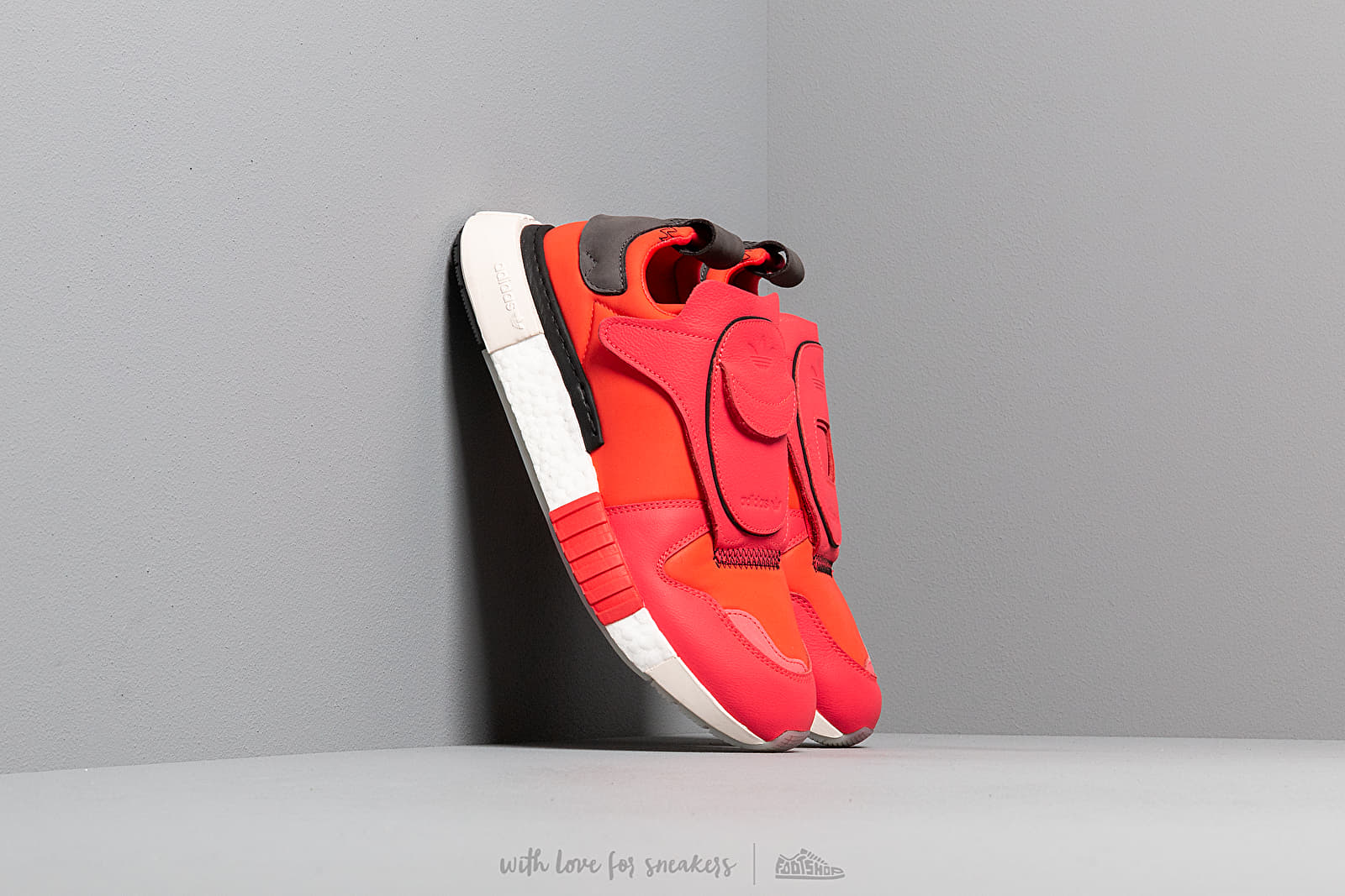 adidas Futurepacer Shock Red/ Shock Red/ Shock Red at a great price 176 € buy at Footshop