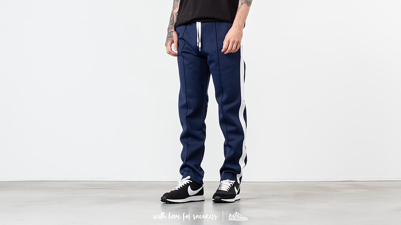Alexandre Mattiussi Ami Paris Track Pants Navy at a great price 181 € buy at Footshop