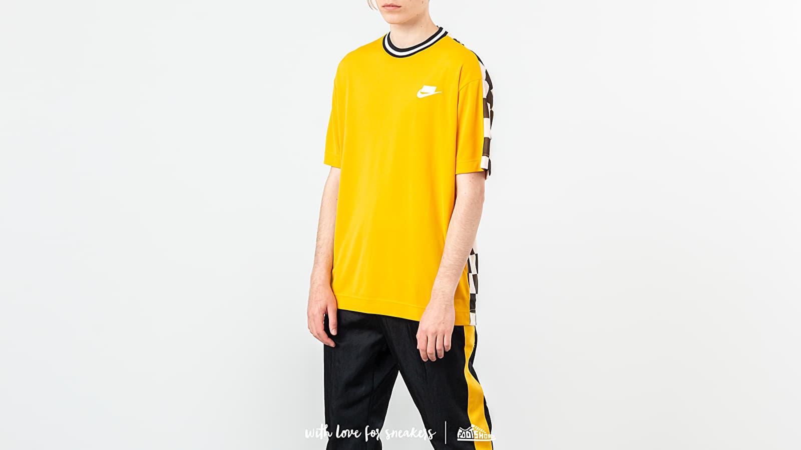 Nike Sportswear Shortsleeve Check Top Yellow Ochre/ Black/ White za skvělou cenu 1 390 Kč koupíte na Footshop.cz