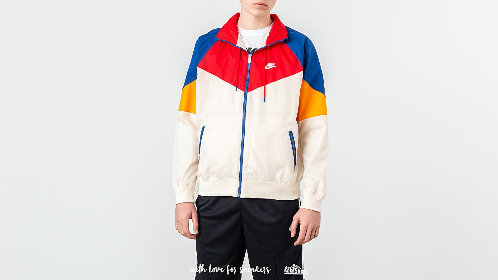 Nike Sportswear Heritage Jacket Light Cream/ University Red/ White at a great price 84 € buy at Footshop
