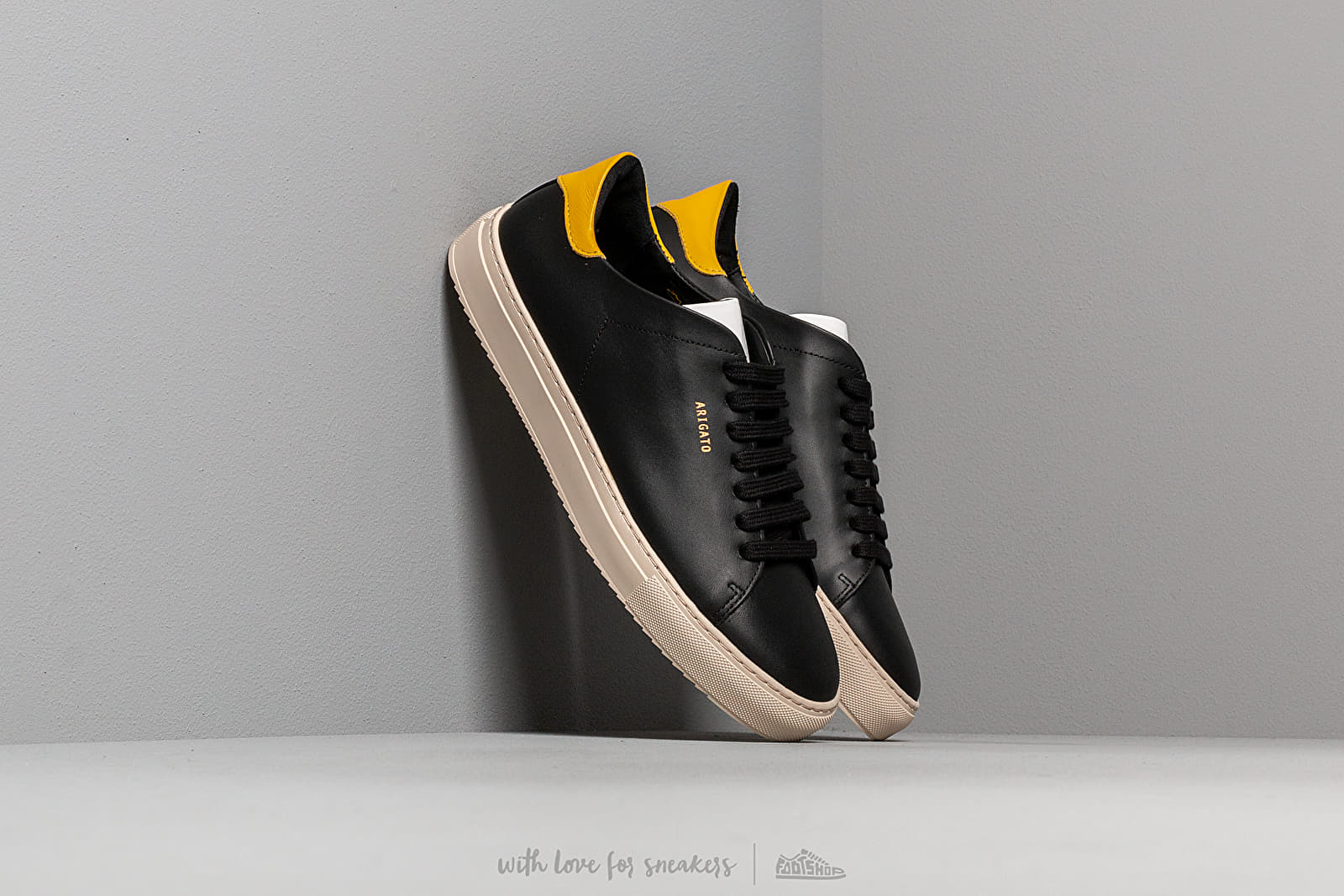 AXEL ARIGATO Clean 90 Sneaker Leather Black/ Yellow at a great price 172 € buy at Footshop