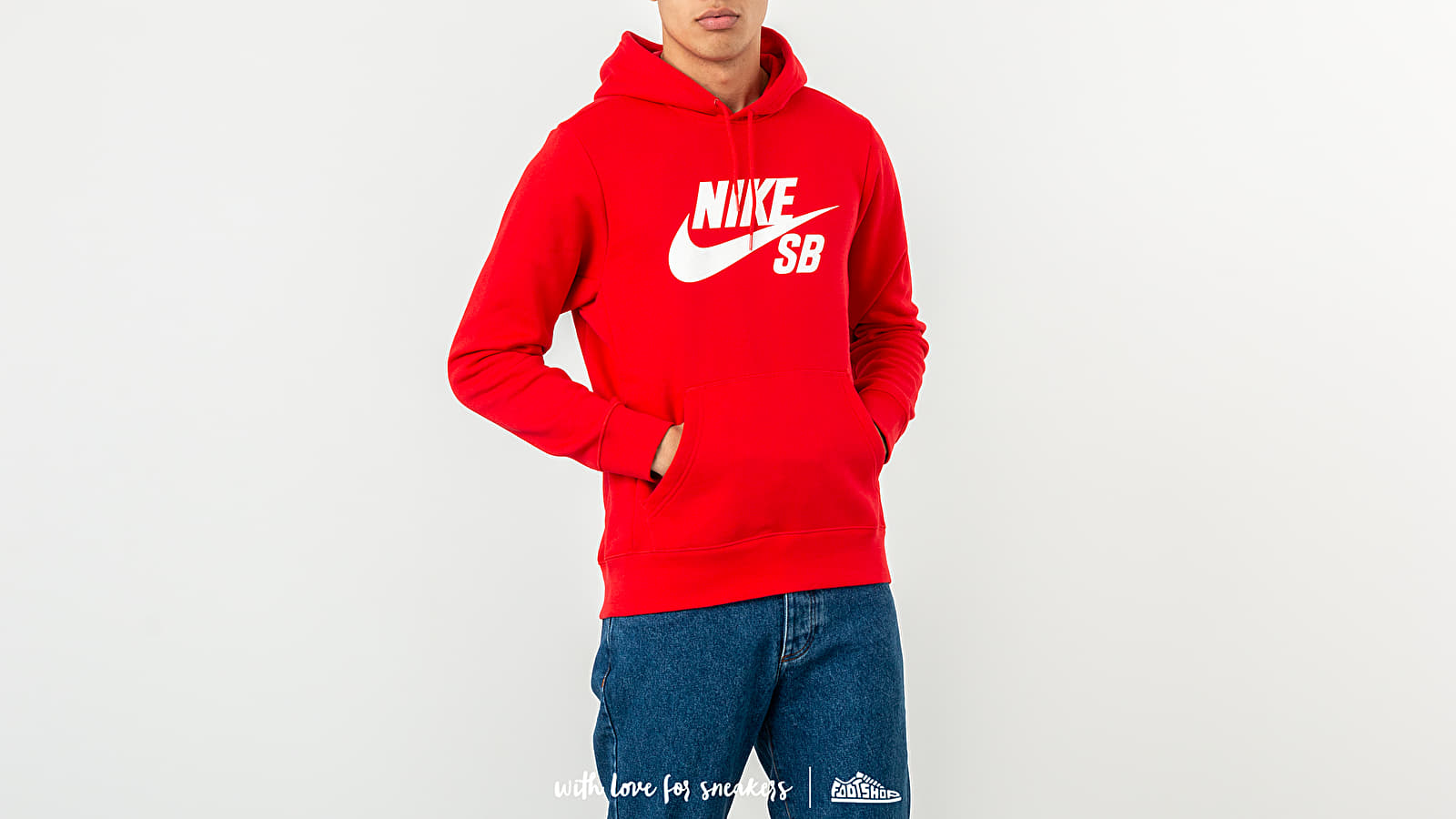 Nike SB Icon Essential Hoodie Red za skvělou cenu 1 490 Kč koupíte na Footshop.cz