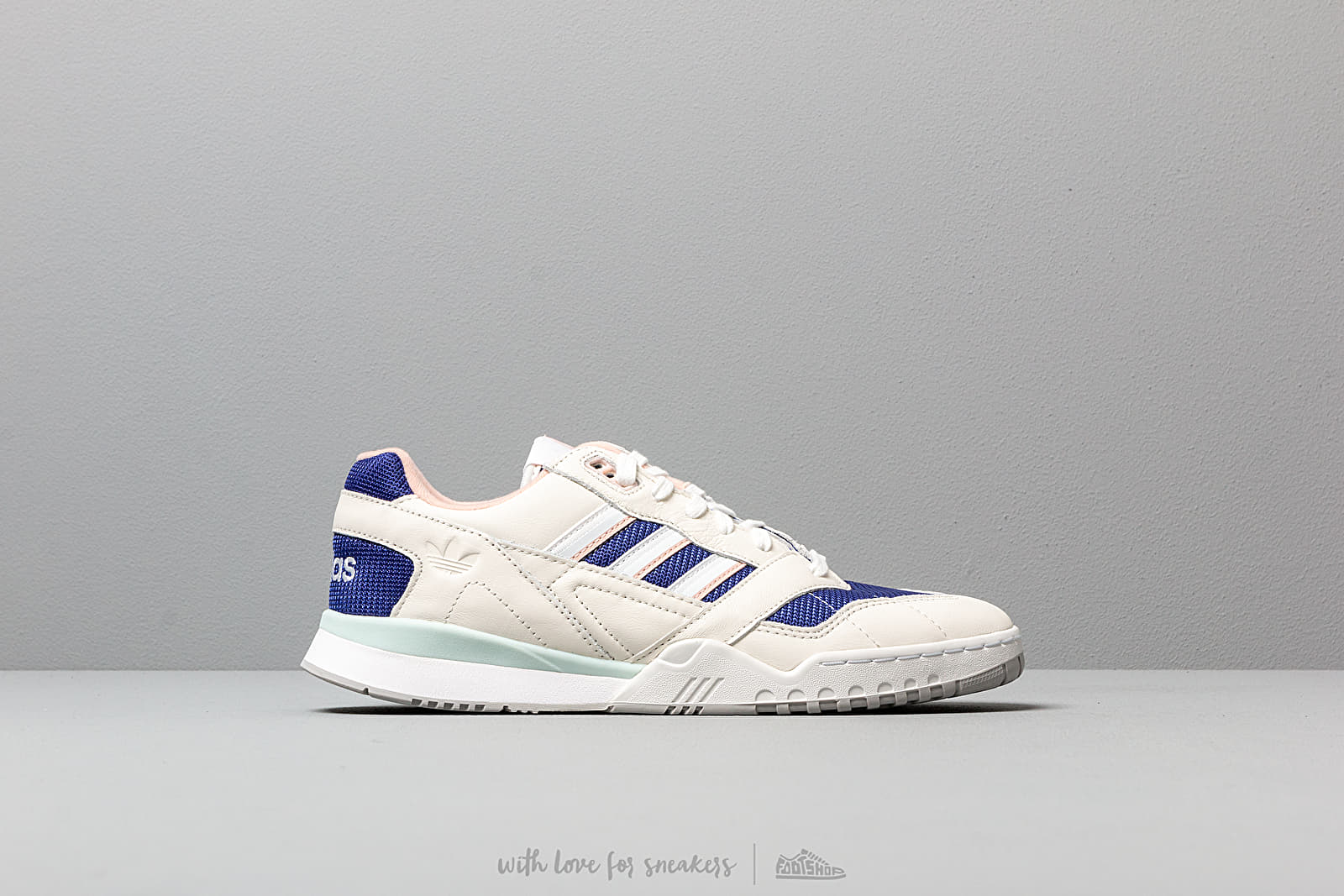 Adidas Originals A.R. Trainer Sneakers Off WhiteWhiteReal Purple