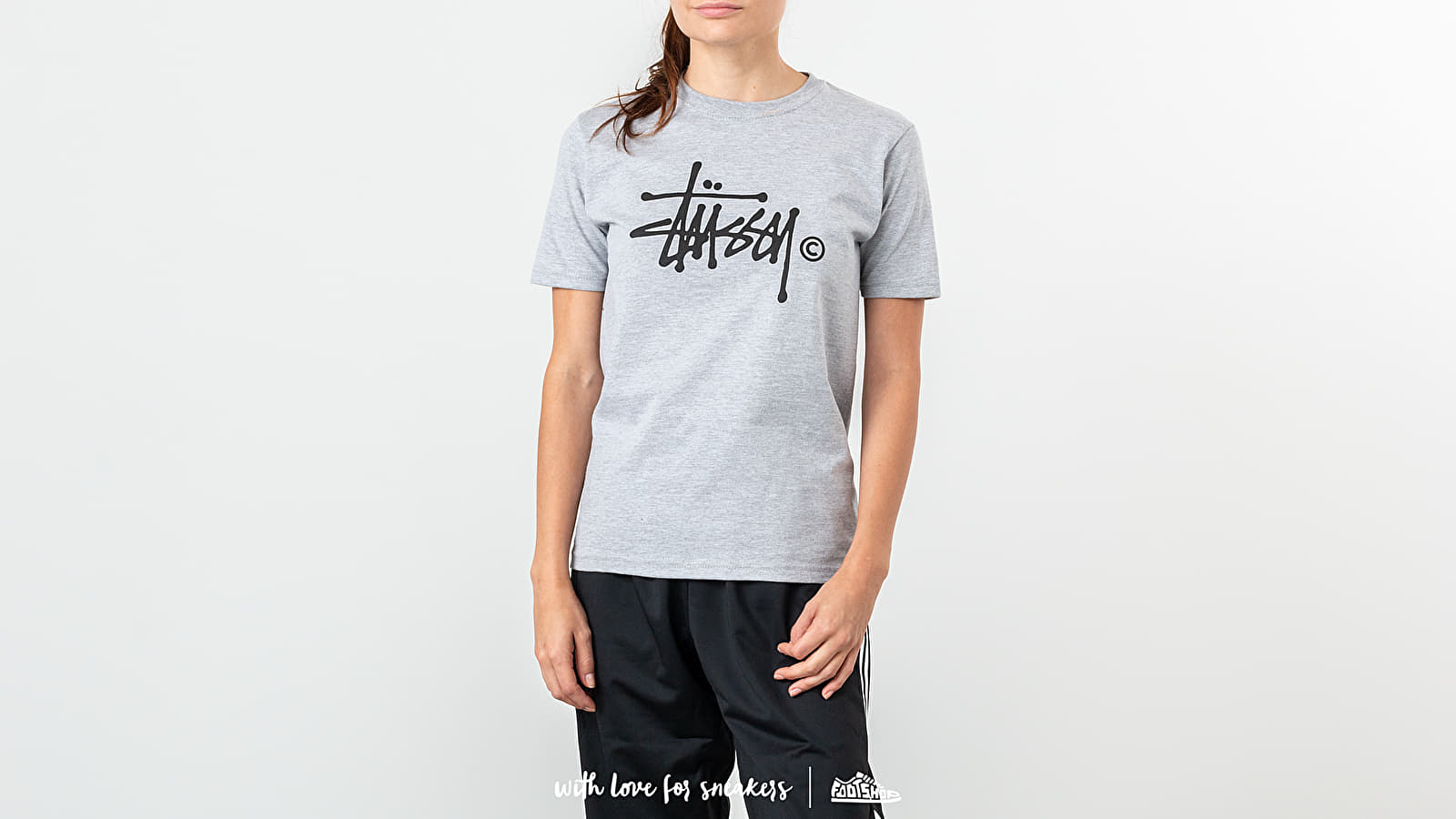 Stüssy Basic Logo Tee Grey Heather za skvělou cenu 940 Kč koupíte na Footshop.cz