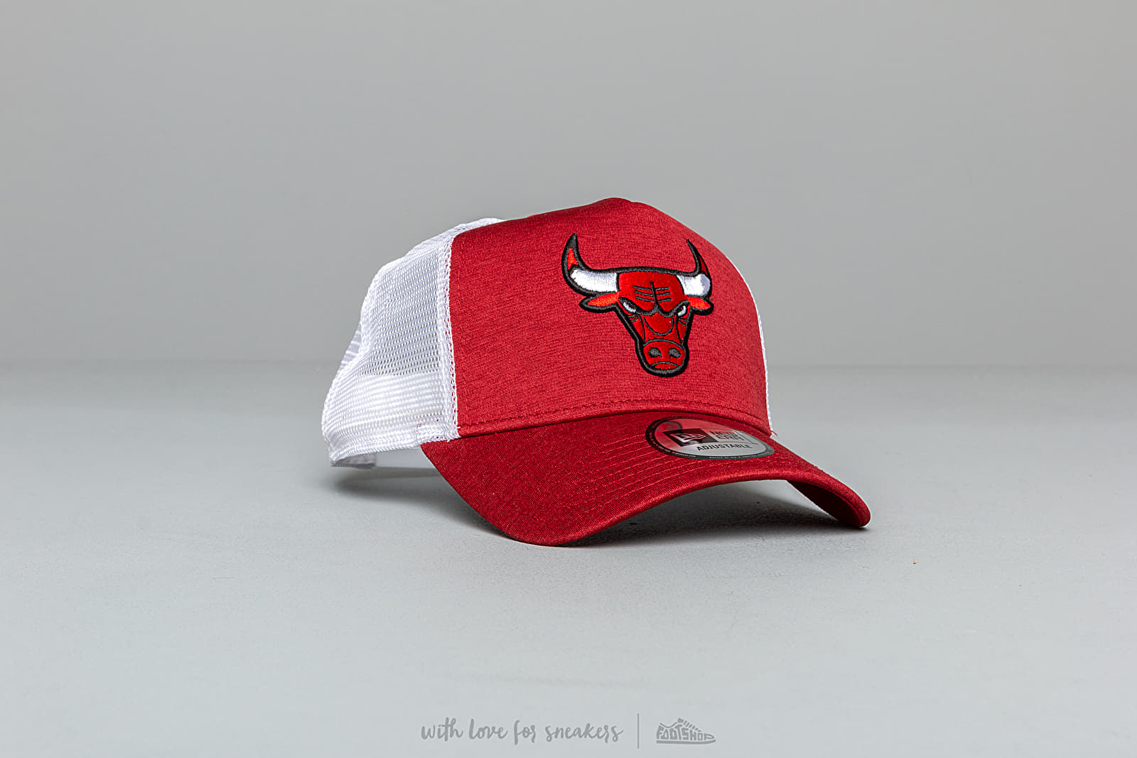 Caps New Era NBA Shadow Tech Chicago Bulls Trucker White/ Red