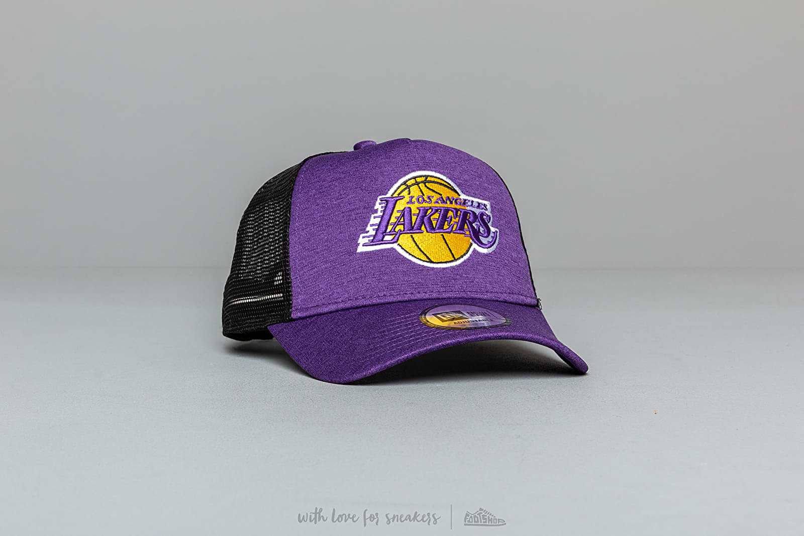 New Era 9Forty NBA A Frame Shadow Tech Los Angeles Lakers Trucker Cap Purple/ Black at a great price 28 € buy at Footshop