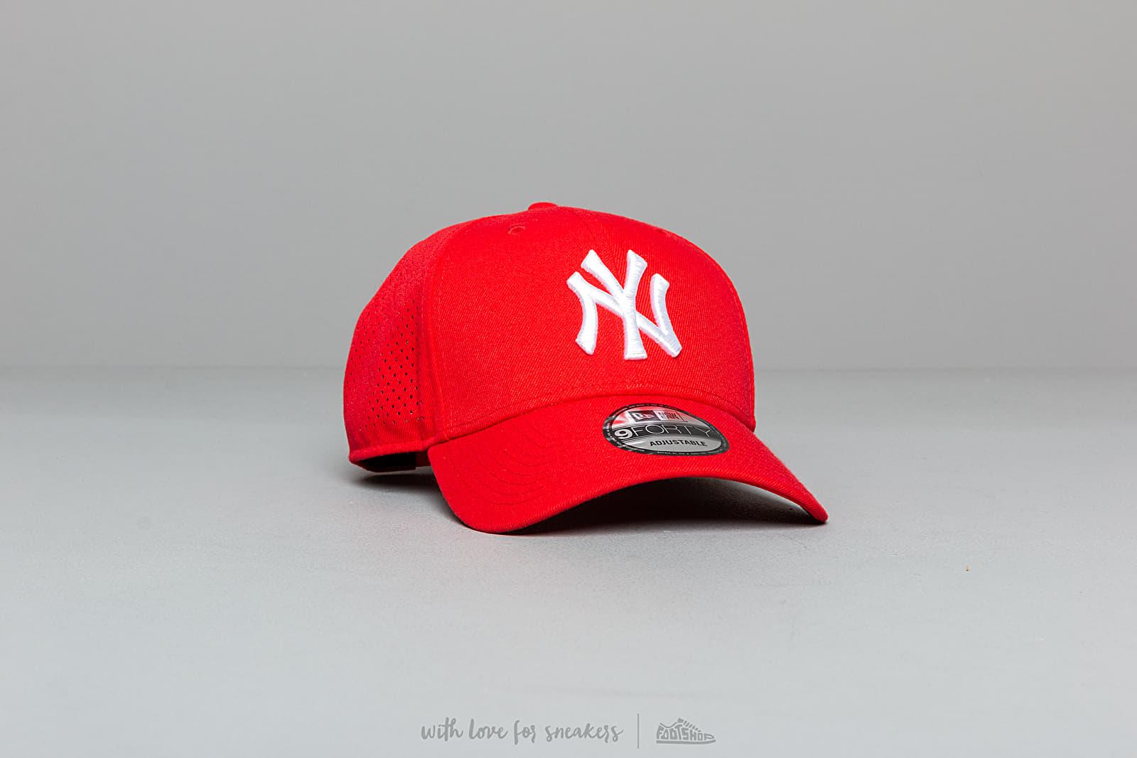 New Era 9Forty MLB Polyester Perforated New York Yankees Snapback Red za skvělou cenu 849 Kč koupíte na Footshop.cz