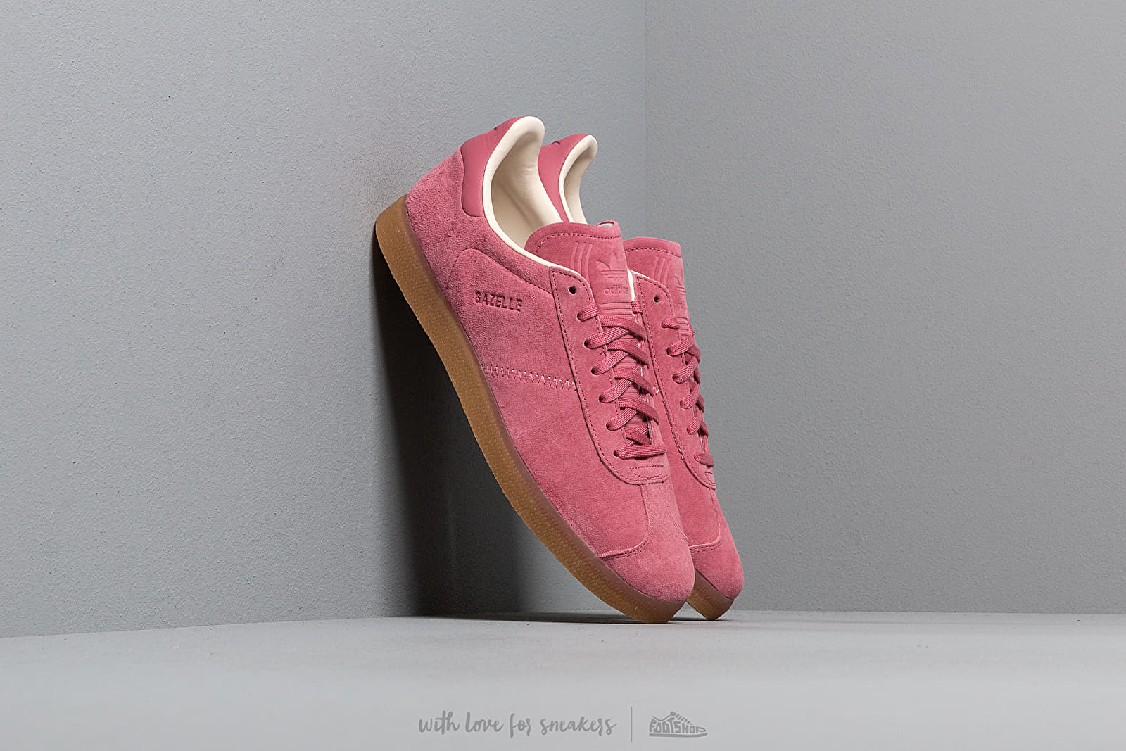 adidas Gazelle Trace Marine/ Ecru Tint/ Gum3 at a great price 92 € buy at Footshop