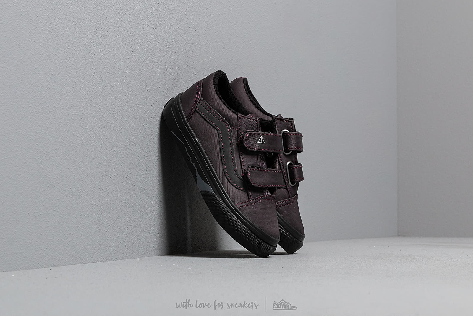 Vans x Harry Potter Old Skool V Deathly Hallows/ Black W super cenie 195 zł kupuj na Footshop.pl